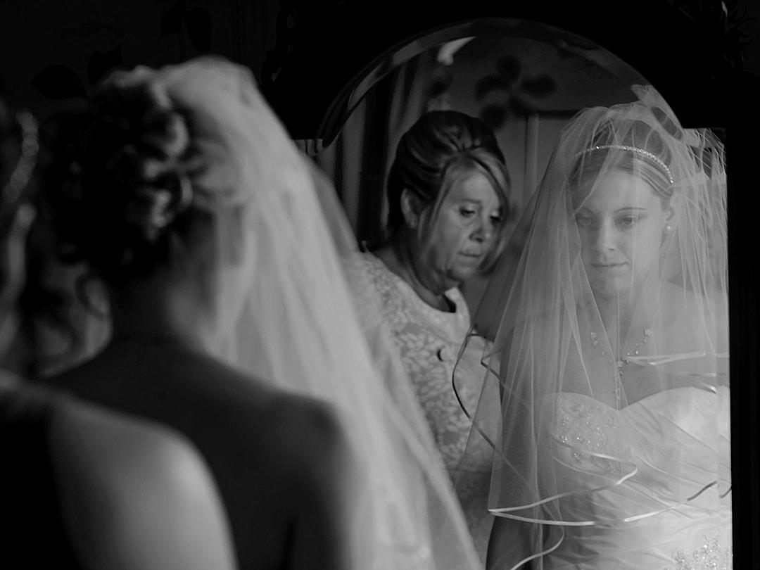 Eastwell Manor Wedding Photography Brodal Prep