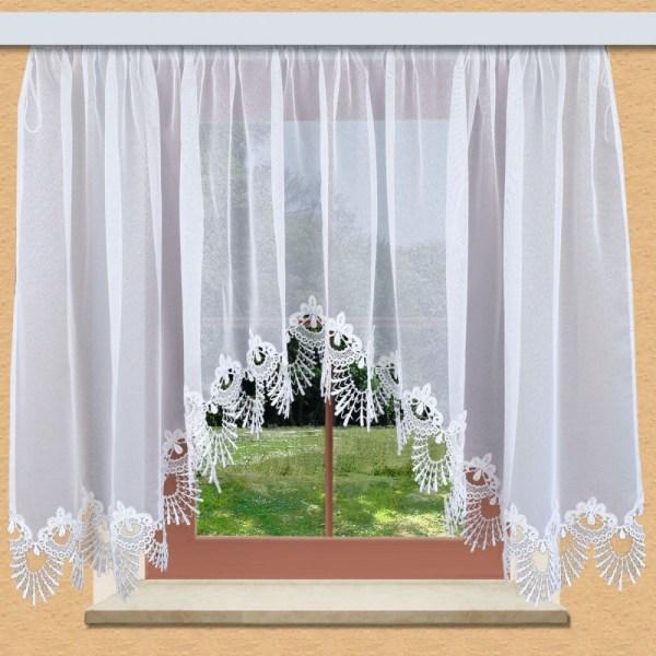 Edler Blumenfenster-Store Nastja weiß mit aufwändig eingearbeiteter 15cm breiter gebogter Fächerspitze