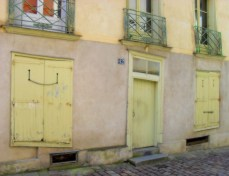 J'adore the door! The asymmetry and colour of the doors and shutters was charming I thought.