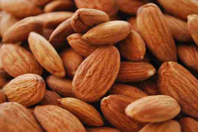 Manfaat Almond