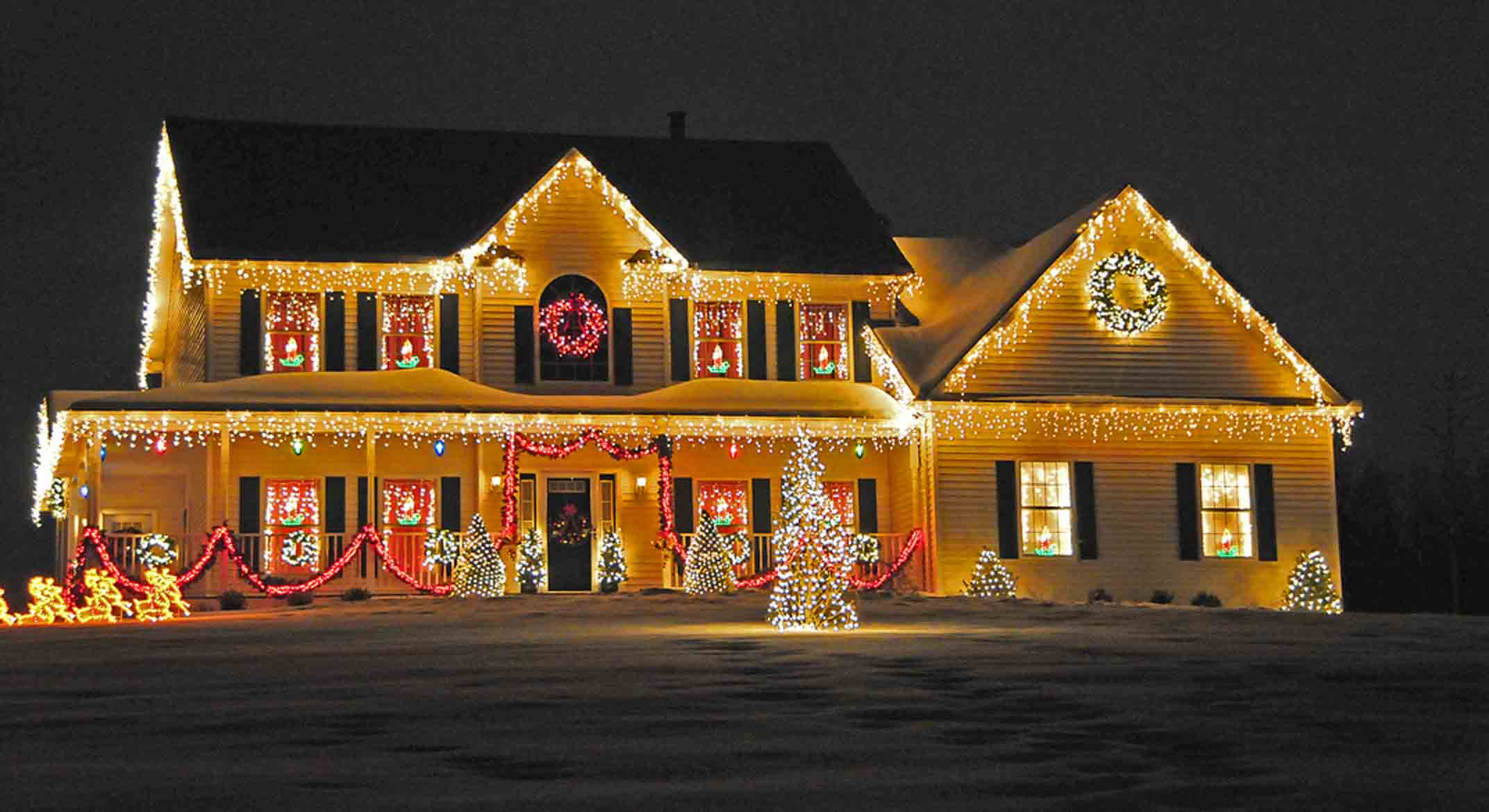 how to choose a professional christmas light installation service - Christmas Lights On House Ideas