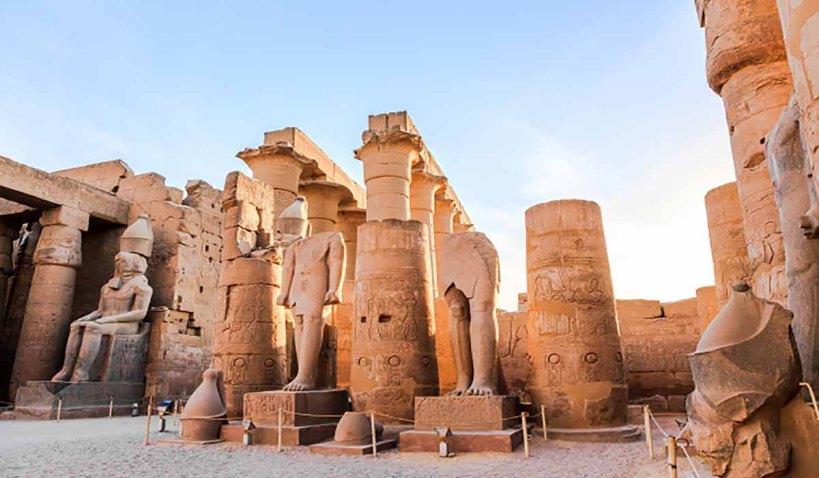 statue-pharaohegypt