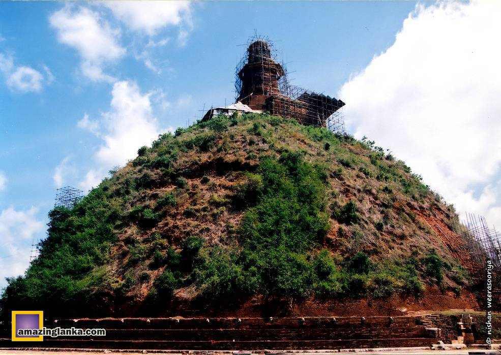 Abayagiri Stupa under restoration in 1995