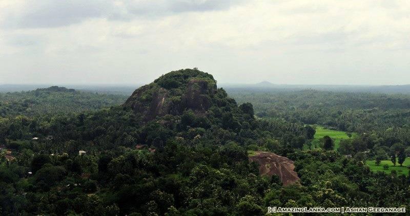 Waduwaketu Gala seen from the Dambadeniya Rock Fortress
