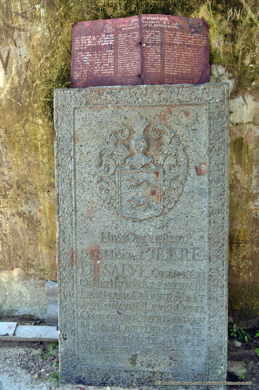 The plaque - Mannar Fort