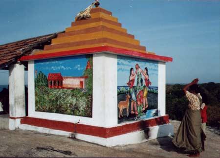 Okanda Valli Amma Devale at the top of the Rock