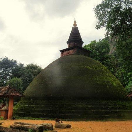 The ancient stupa now restored at the Sri Nagala Rajamaha Viharaya at Nikawewa