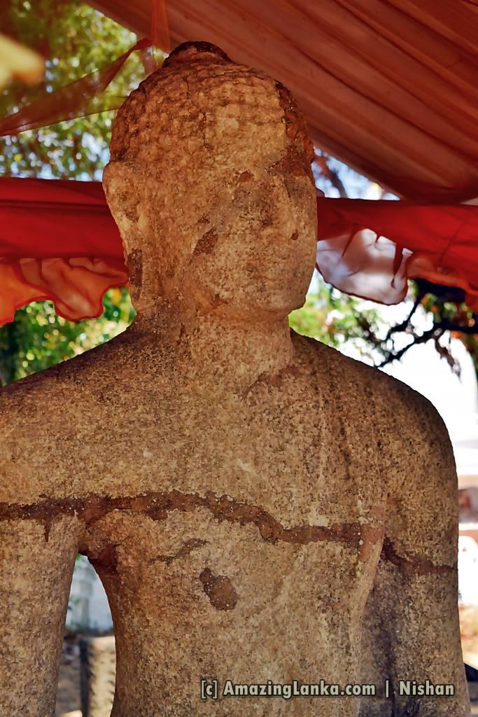 Samadhi Statue of Galamuna Bisobandara Viharaya