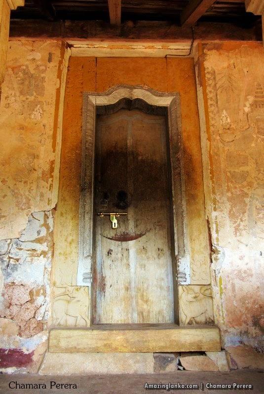 The entrance of the Tampita Viharaya at Atupothdeniya Pothgul Rajamaha Viharaya