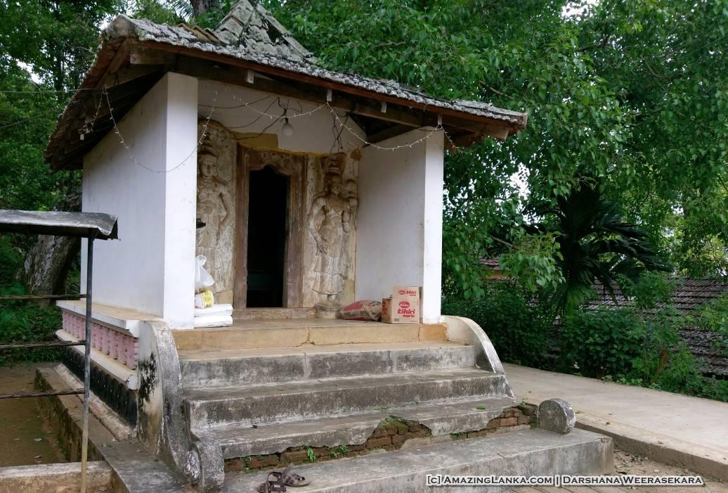 Asmadala Purana Tampita Viharaya