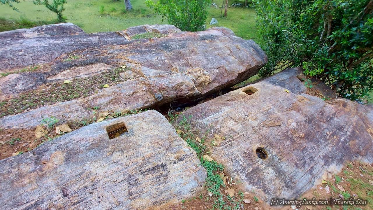 Tamil Householders' Terrace inscription of Ancient Anuradhapura Kingdom - පැරණි අනුරාධපුර අගනගරයේ දෙමල ගෘහපතිගේ සෙල්ලිපිය