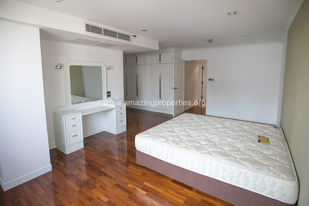 4 bedroom Apartment for Rent at Bangkapi Mansion  Amazing