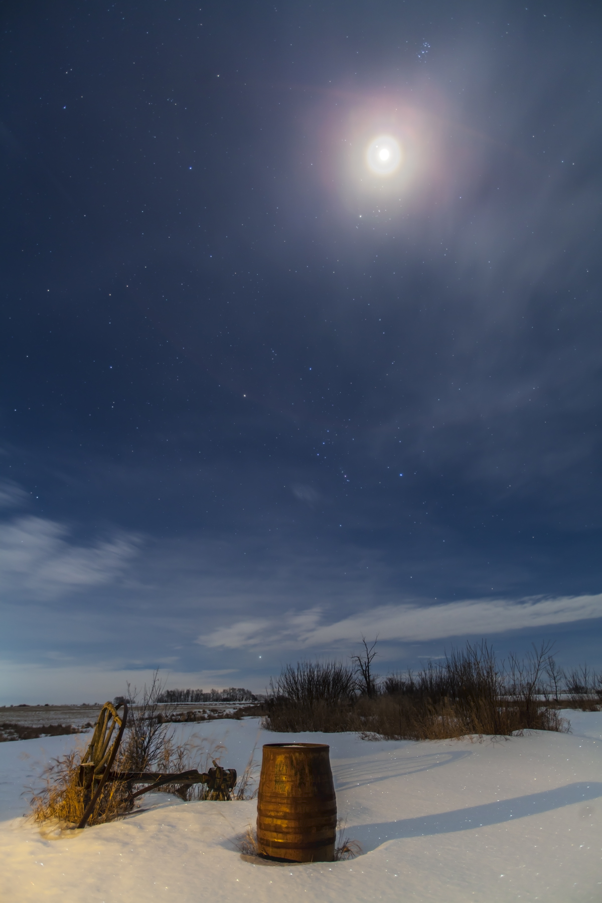 Moon And Jupiter Amid The Winter Stars The Amazing Sky