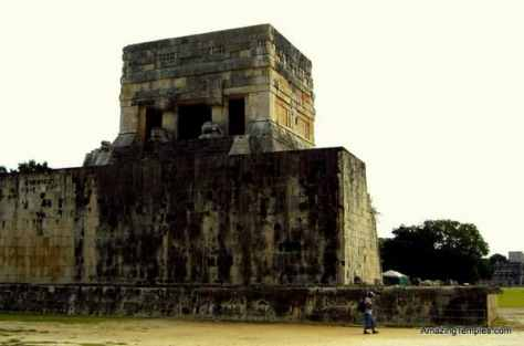 At the ball court - Chichin Itza - Mexico