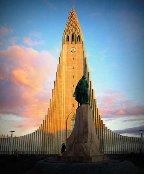 Iceland - Hallgrimskirkja - Hallgrims Church - Iceland Tours