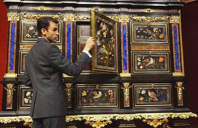 10 Of the World's Most Expensive and Valuable Antiques Ever Sold
