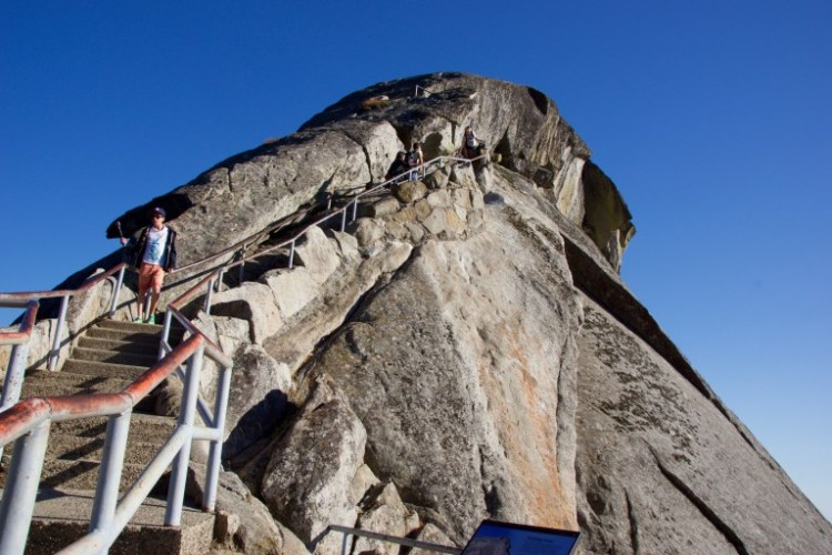 Trappe op ad Moro Rock