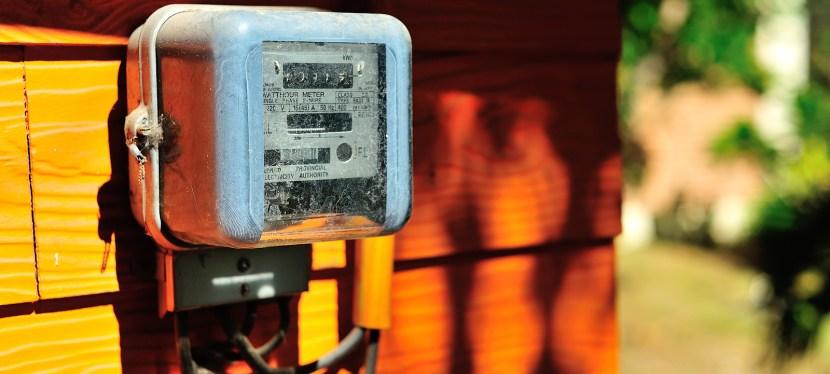 Smart vs Analog Meters – Your Health, Your Money