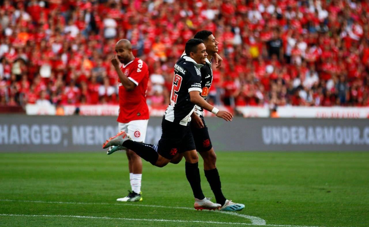 Vasco quebra tabu contra o Inter e emplaca 3ª vitória seguida