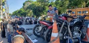 Mais de 80 veículos são recolhidos durante fiscalização no bairro da Compensa