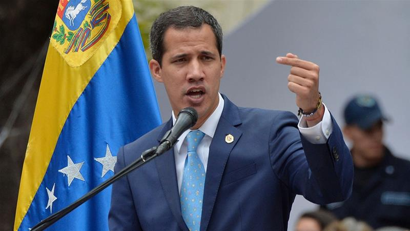 Juan Guaidó diz que aceitaria proposta de intervenção militar dos EUA na Venezuela