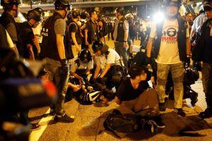 Hong Kong continua com a situação bem tensa