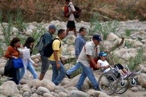 Pontes na fronteira entre Colômbia e Venezuela reabrem a pedestres
