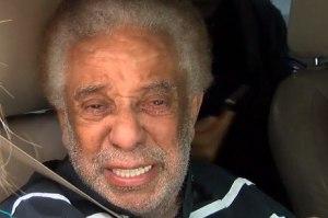 Agnaldo Timóteo recebe alta hospitalar após 60 dias internado