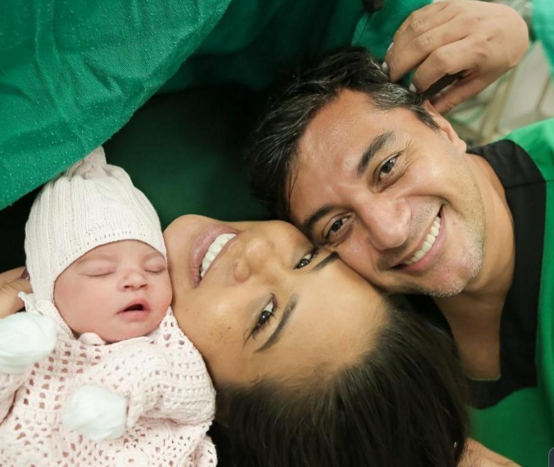 Amazonas Governador Wilson Lima comemora nascimento de sua filha Maria Antonella com a primeira-dama Taiana