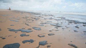 Marinha: três navios são suspeitos por manchas de óleo no Nordeste em 2019