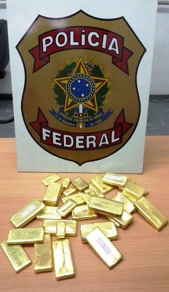 Barras em lingote de ouro apreendidas em 2014 (Foto: Polícia Federal)