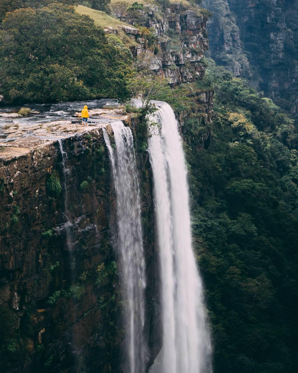 photo of waterfalls during daytime