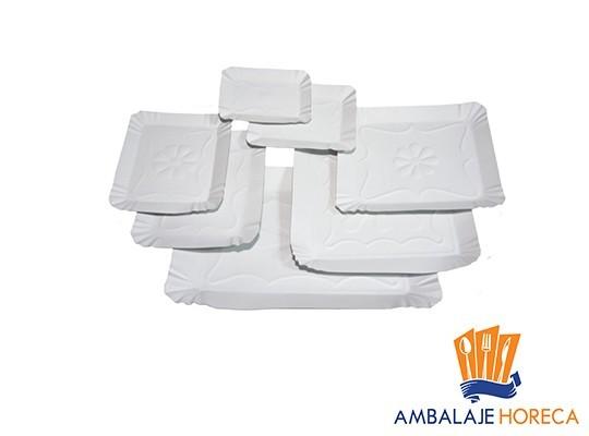 Tavite din carton albe