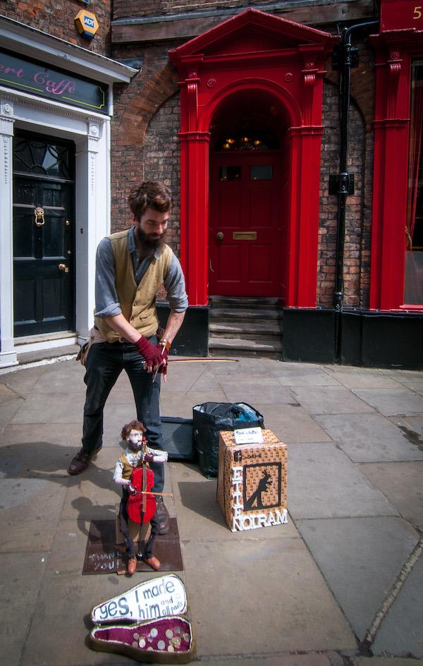 street-artist Op minicruise naar York