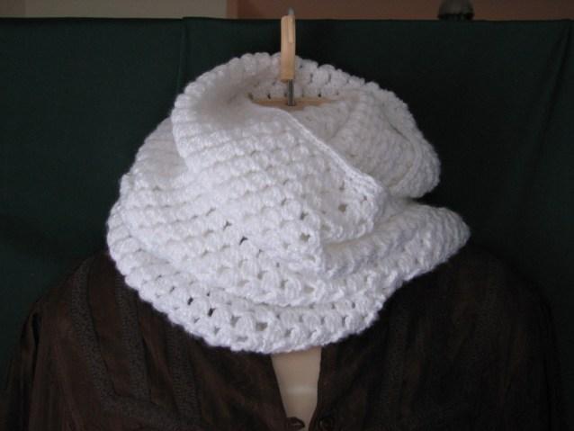 Elegant Infinity Cowl pattern by Ambassador Crochet - $3.50