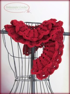 Ruffles Scarf - pattern by Shelby Allaho