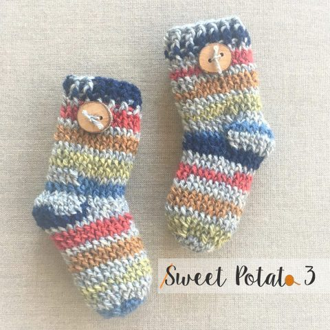 Newborn socks by Sweet Potato 3
