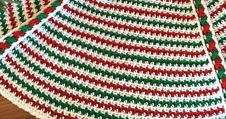 Make a Festive Christmas Tree Skirt This Year