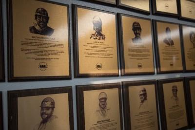 AB&I Quarter Century plaques