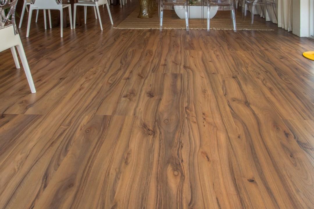piso-laminado-elegance-nogueira-rustico