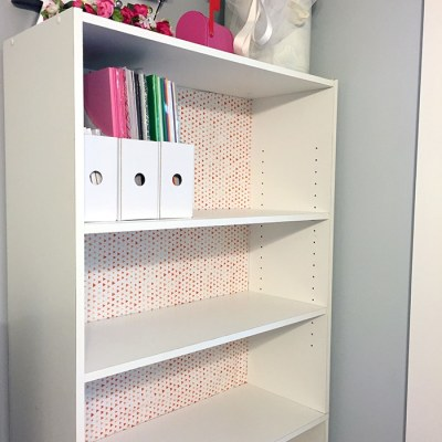 One Room Challenge: Week 4 – Organization (DIY Fabric backed bookshelf)
