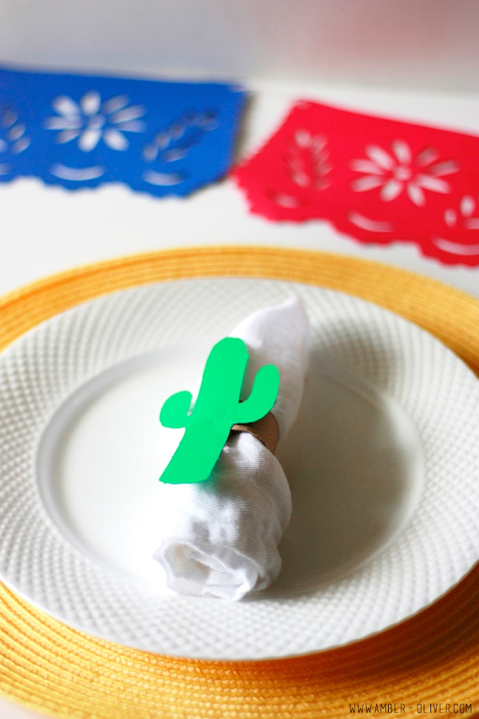 Cinco de Mayo party decor! papel picado banner, DIY cactus napkin ring, and drink flags! FREE DOWNLOAD for Silhouette
