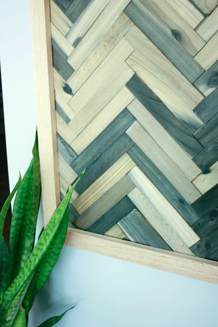 Closeup of Wood Shim Wall Art DIY shim wall art - DIY wall art using wood shims - DIY wood shims wall art - Wall art using wood shims. DIY wall art ideas that are cheap and easy!