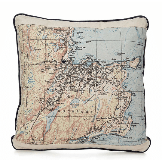 custom-map-pillow