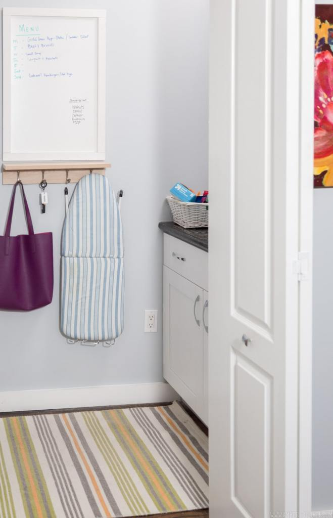 Easy Laundry Room Makeover! A small laundry room makeover.