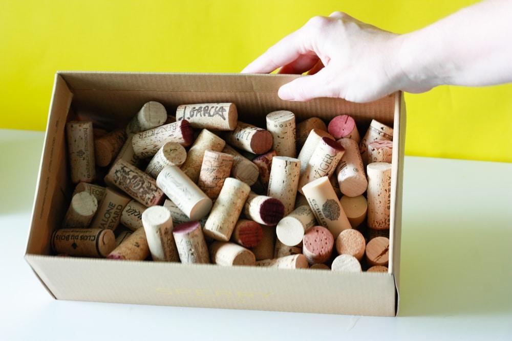 How To Make A Wine Cork Board