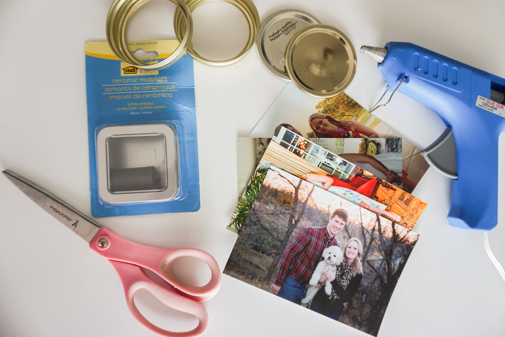 Mason Jar Lid Magnets - DIY Photo Magnets!