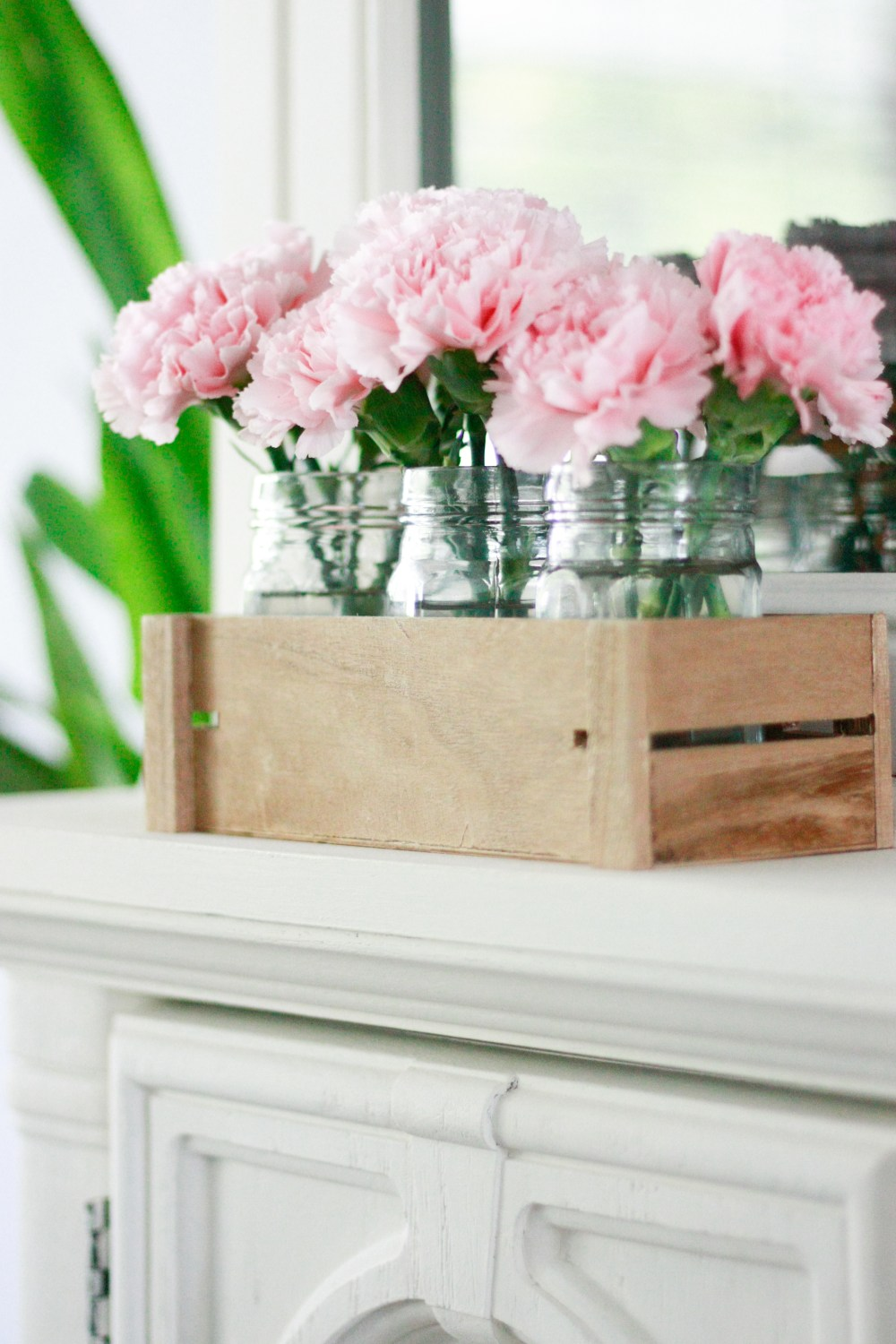 How To Decorate With Plants - easy ways to incorporate plants into your home decor!