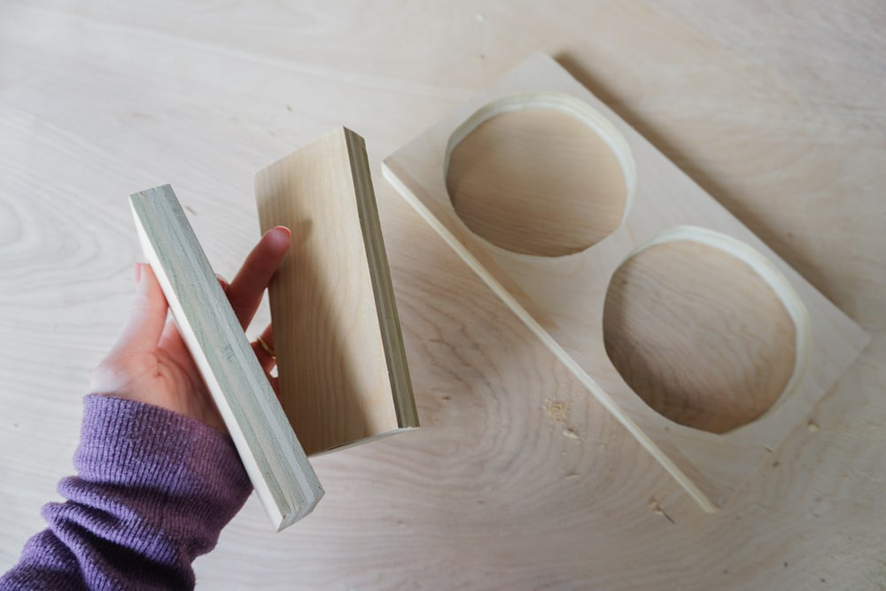 how to make a Modern DIY Dog Bowl Stand by Amber Oliver