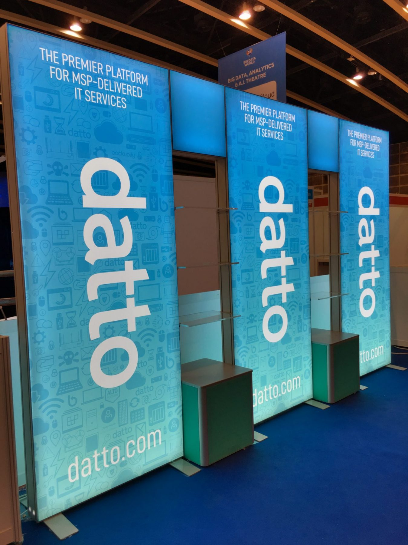 ISOframe Lightbox_Product Display, Datto